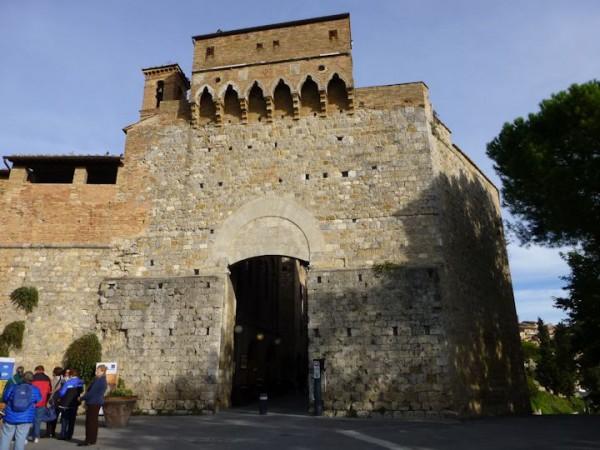 サンジミニャーノ、サンジョバンニ門