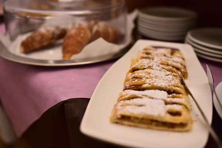 アッシジのホテルの朝食写真