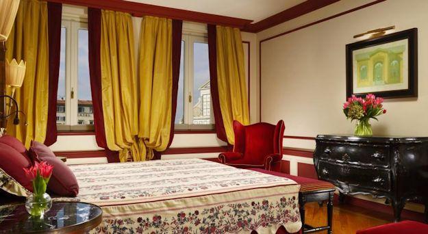 Hotel-Santa-Maria-Novella-01
