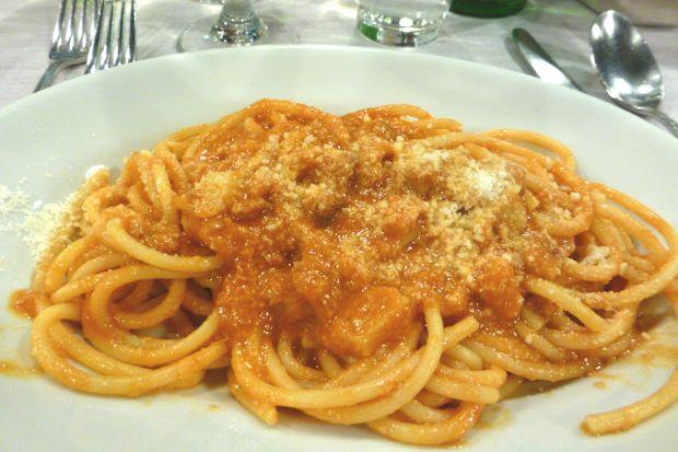 ローマのレストラン「Felice」のアマトリチャーナ