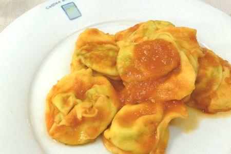 roma-restaurant-colline-emiliane(トマトソースのラビオリ)
