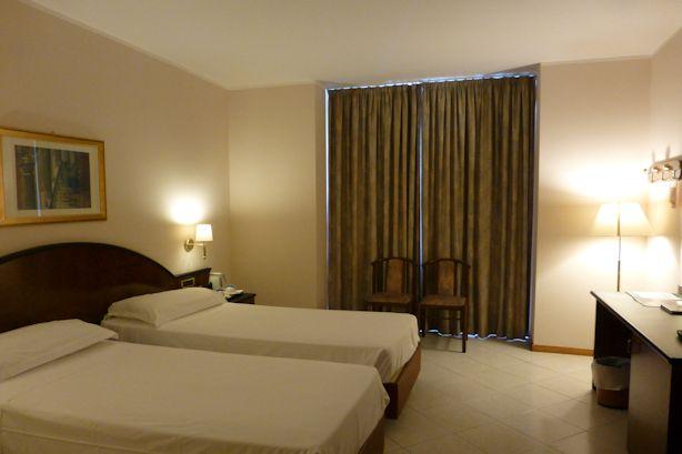 ferrara-hotel02